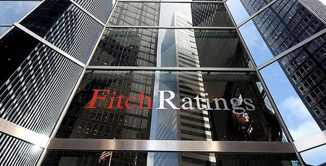 Fitch'ten Ukrayna'ya not darbesi