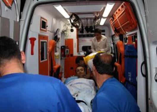 Bingöl'de polis otosuna saldırdılar