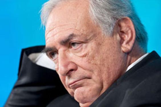 Strauss-Kahn'ın tutuklanması euroyu vurdu