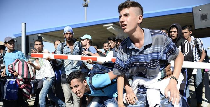 Suriyeliler, Er Meydanı'nda konaklayacak