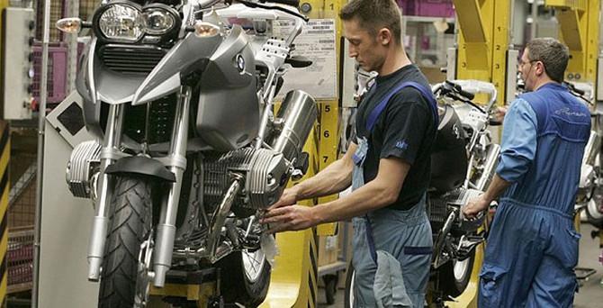 Almanya'da imalat beklentilere paralel