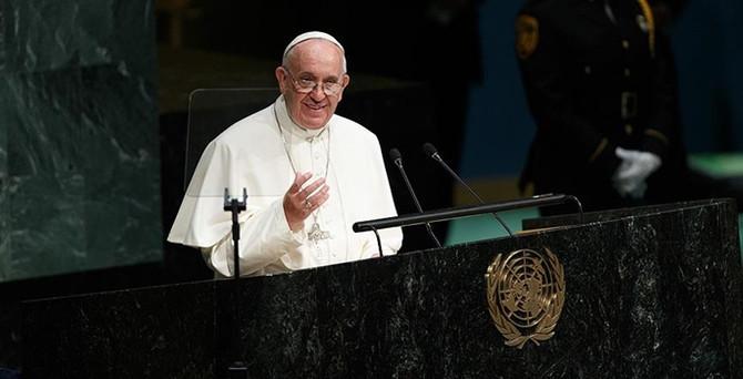 Papa'dan BM'ye kontrolsüz güç uyarısı