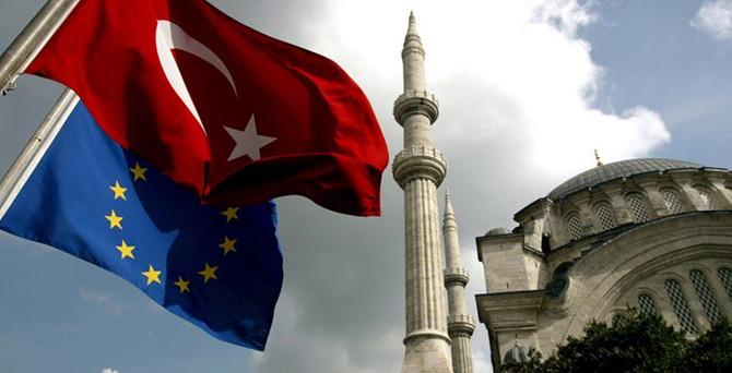 AB: Türklere 2 yıl sonra vize serbestisi mümkün