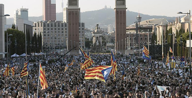 Katalonya'da tarihi seçimler