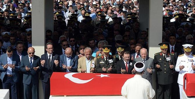 Şehit Binbaşı Ankara'da toprağa verildi