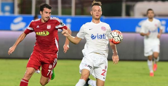 Antalyaspor 1 - 1 Medicana Sivasspor