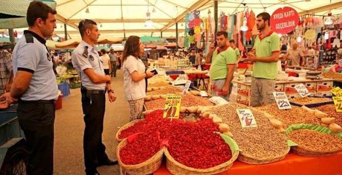 'Dağ çileği' diye 'cherry domates' sattılar
