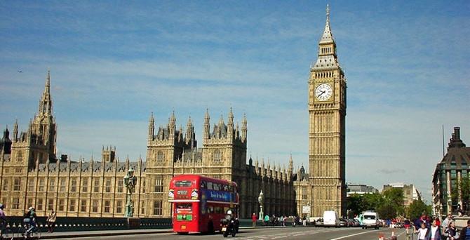 İngiltere'den Irak'a 20 milyon sterlinlik yardım