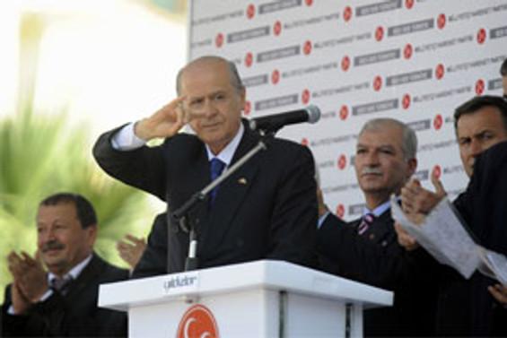 AKP isteseydi anayasayı değiştirebilirdi
