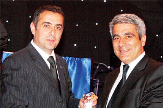 Ankara'ya Değer Katanlar Ödülü DÜNYA'ya