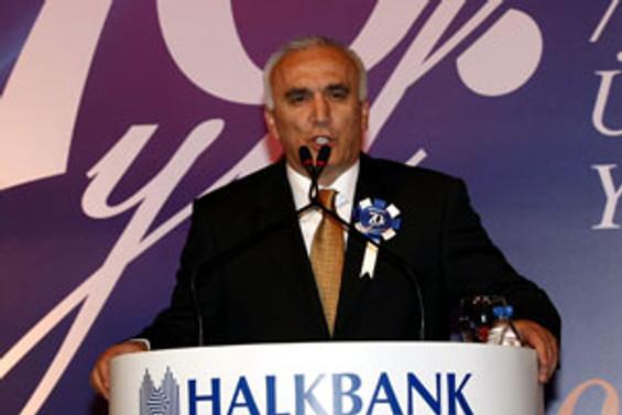Türkiye Bankalar Birliği'nin yeni başkanı Halkbank GM Hüseyin Aydın oldu