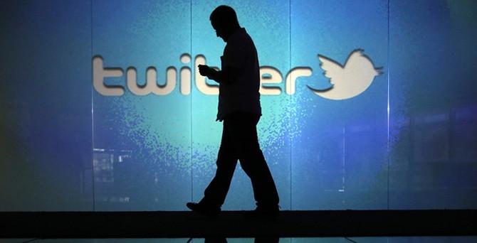 Twitter'da istifa depremi