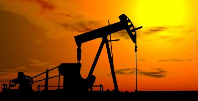 Petrol 8 günlük düşüşe ara verdi