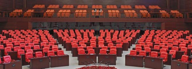 Meclis'te yeni dönem yarın başlıyor