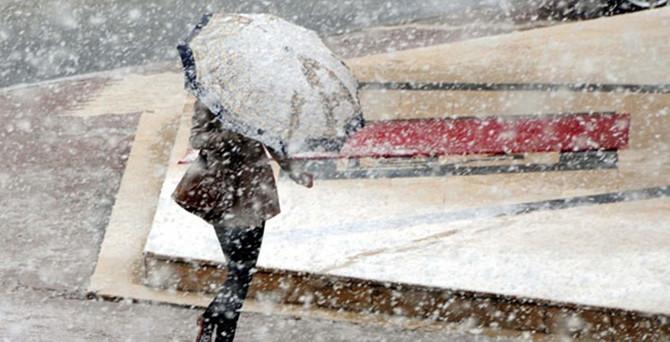 Doğu'ya karla karışık yağmur uyarısı