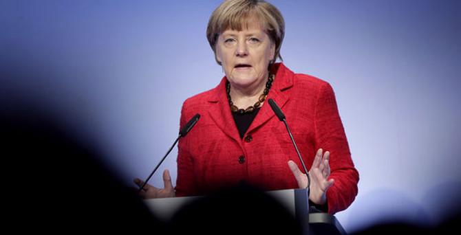 Merkel: Türkiye'den gelenlere öncelik tanıyacağız