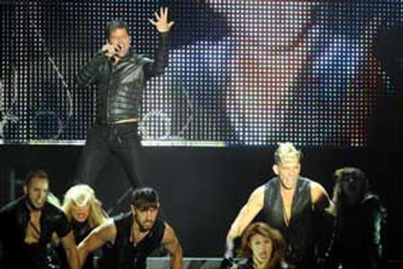 Bursa'dan Ricky Martin geçti