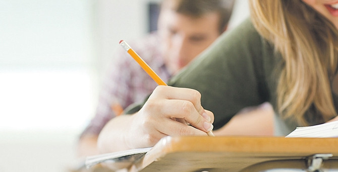 Eğitim sistemindeki karışıklık yurtdışı liselere talebi artırdı