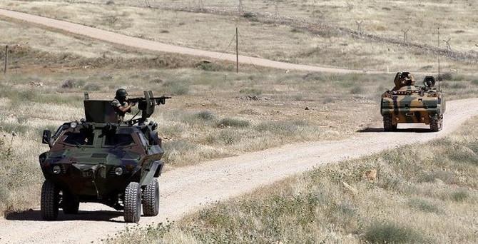 Derik'te roketatarlı saldırı: 1 asker şehit