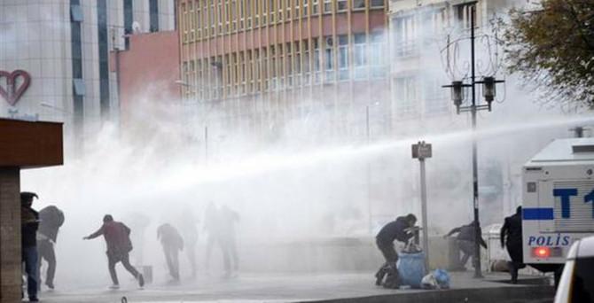 Diyarbakırda sokaklar karıştı