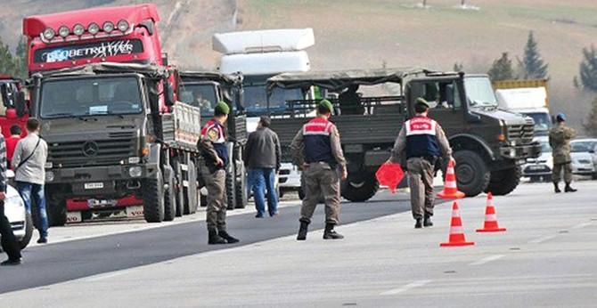 İki general bir albay tutuklandı
