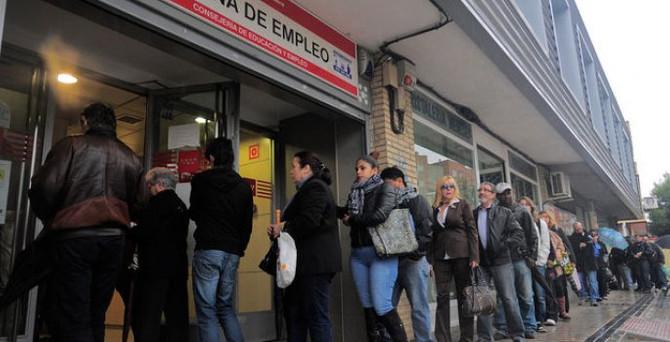 İspanya'da işsiz sayısı geriledi