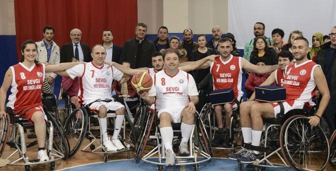 Baskete engel tanımadılar