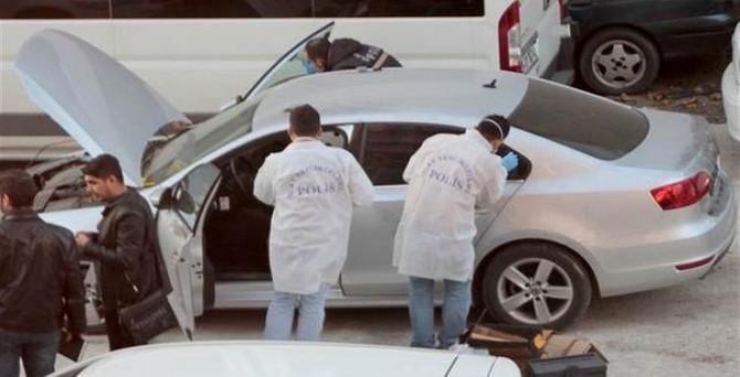 İstanbul'da çalıntı araçtan silah çıktı