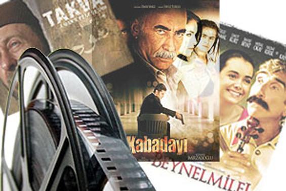 Köylere hem sinemayı hem kütüphaneyi götürüyorlar
