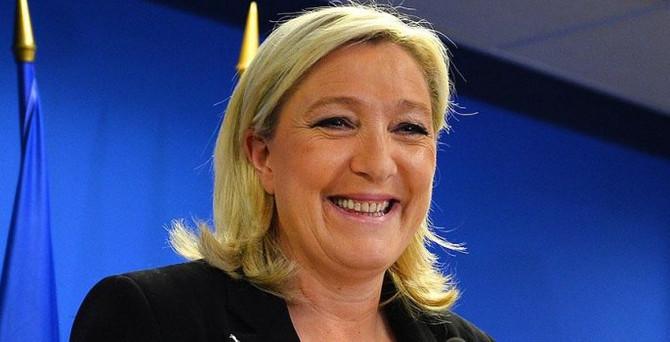 Fransa seçimlerinin ilk turundan 'aşırı sağ' lider çıktı