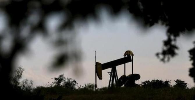 Tepetaklak olan petrolde çıta 10 dolara düştü!