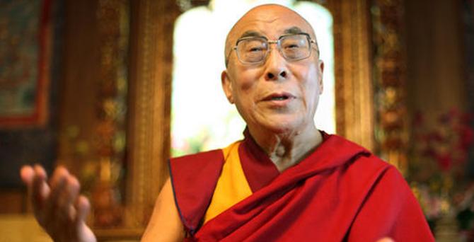 Dalai Lama: Barış için IŞİD'le diyalog kurulmalı