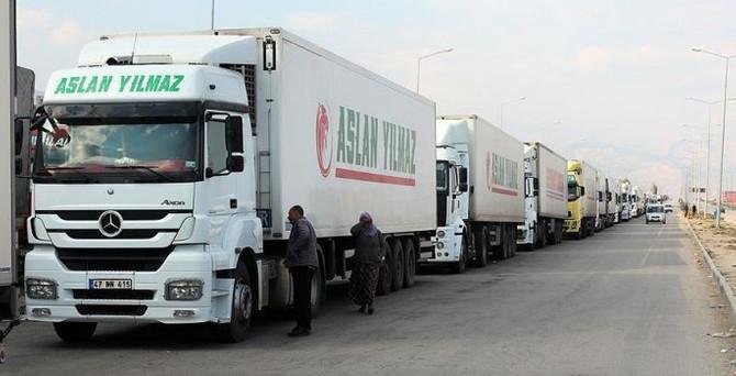 Türkiye ve Azerbaycan'dan TIR şoförlerine vize kolaylığı