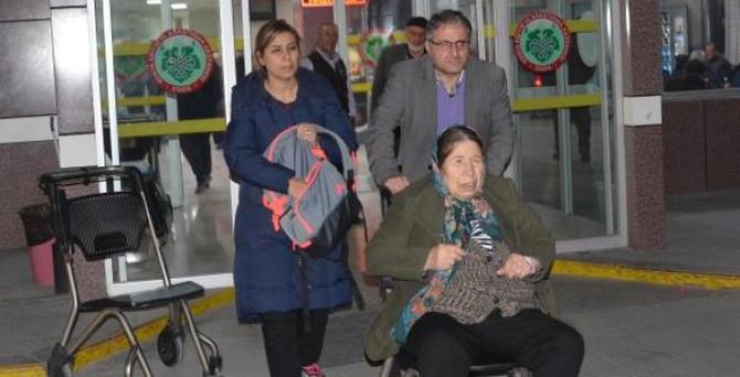 18 turist hastaneye kaldırıldı