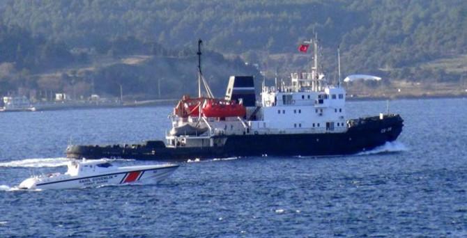 Rus askeri gemisine yakın takip