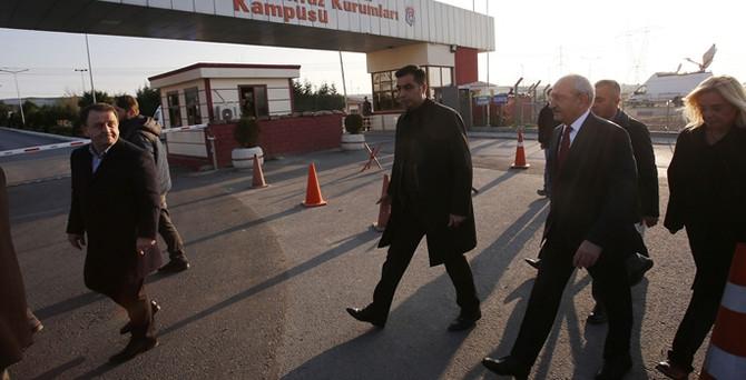 Kılıçdaroğlu, Dündar ve Gül'ü ziyaret etti
