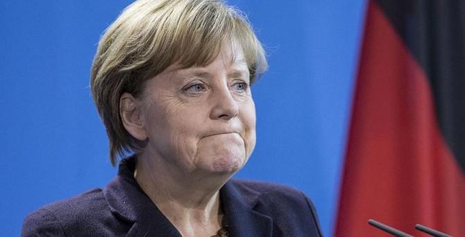 Merkel: Enerji kullanımının önceden belirlenmesi anlamına gelmektedir