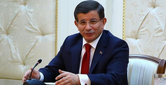 Davutoğlu: Vize muafiyeti için Meclis'e paket sunacağız