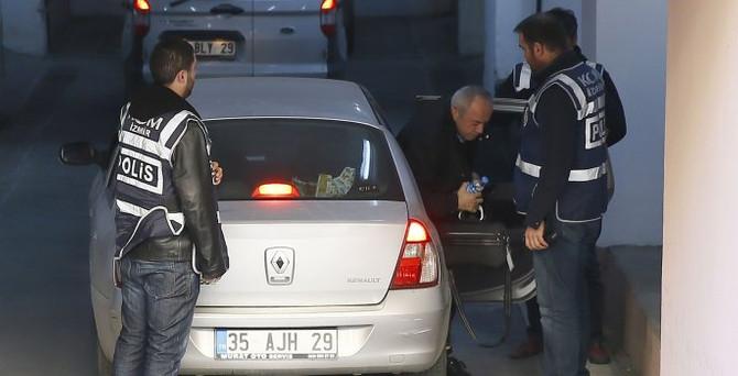 İzmir merkezli operasyon: 34 gözaltı