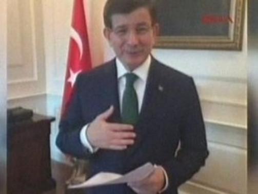 Davutoğlu Facebook'tan seslendi