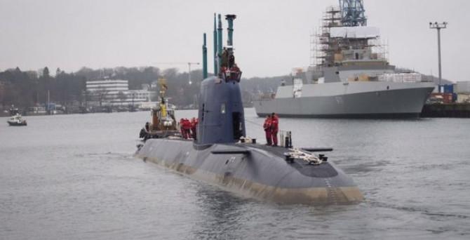 İsrail 400 milyon euroluk denizaltı aldı