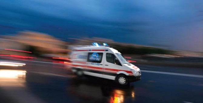 12 yaşındaki çocuk minibüsü devirdi: 1 ölü, 1 yaralı