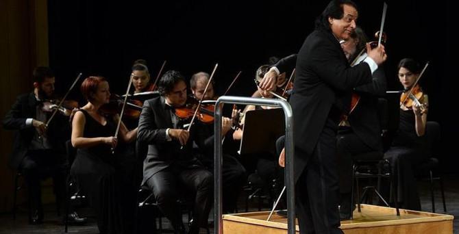 Ünlü orkestra şefi Rahbari, Antalya'da