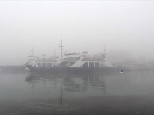 Yoğun sis deniz ulaşımını aksattı