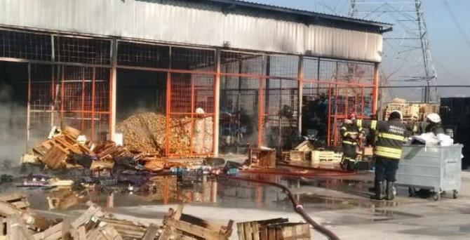 Kocaeli'de 25 işyeri yandı