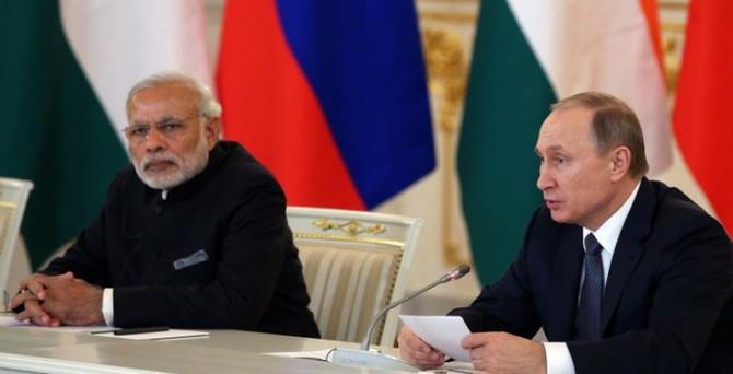 Rusya'dan Hindistan'a nükleer çıkarma
