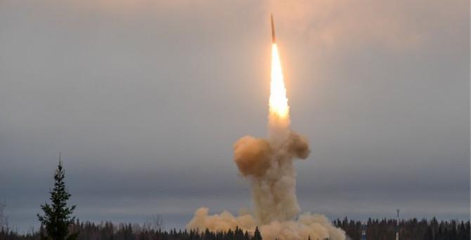 Rusya'dan kıtalararası füze denemesi