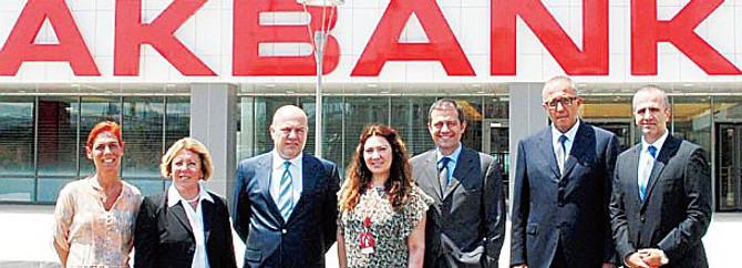 Akbank'ın Gebze'de kurduğu bankacılık üssü dünya liginde