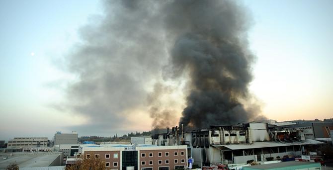 İplik fabrikasındaki yangın kontrol altında
