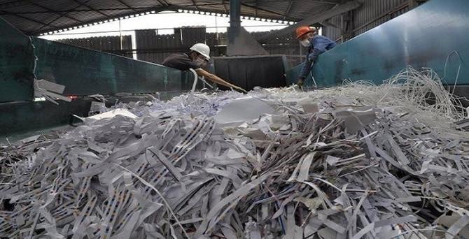 Belediyeler 28 milyon ton atık topladı